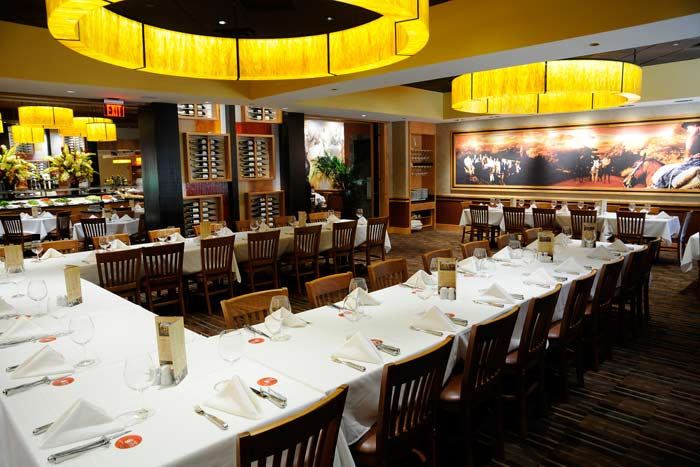 dining-orlando fogo brazilian private room restaurant.jpg